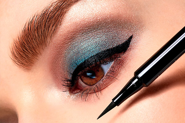 Eyeliner & kajal
