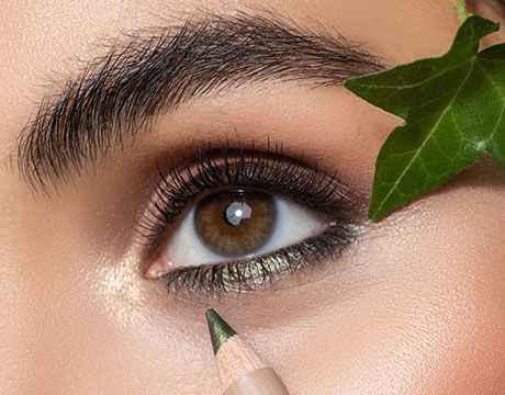 Eye Makeup with Green Couture Products | ARTDECO