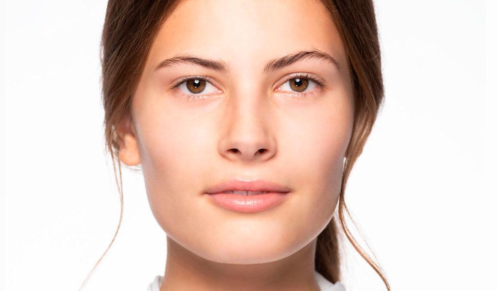 Hier wird der Vorher/Nachher Effekt des Business Make-up's gezeigt